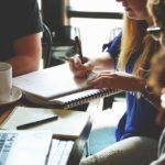 Jaké jsou hlavní rozdíly při podnikání OSVČ vs. s.r.o.?