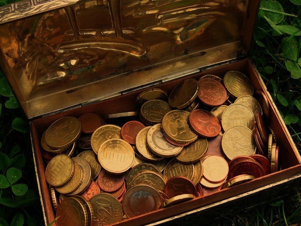krabicka s mincemi